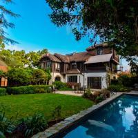 Fischer House 4 Home
