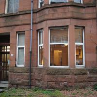 Entire traditional Glasgow west end flat