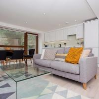 Spacious East London 2 Bed Flat, Sleeps 4