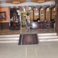 Qimaat Al Taaon Hotel Suits