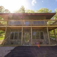 Lily Pad - Hocking Hills Cabin