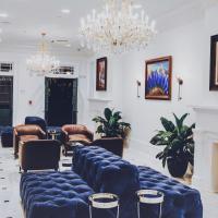 Royal Frenchmen Hotel and Bar