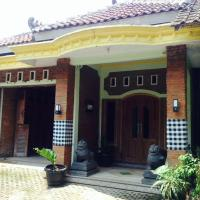 Dolan kampoeng Barepan Vacation House