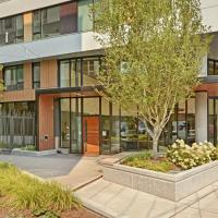 South Lake Union Lakeview Suite Apts