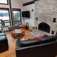 3-Bedroom Duhamel Waterfront Chalet in Tremblant