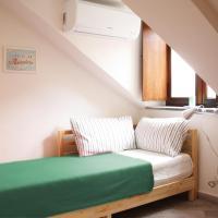 LEVANTE - Cute attic in Piazza Nizza
