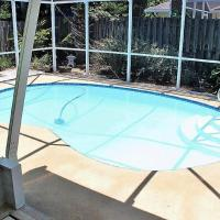 Ormond Beach House, Heated Pool and Hot tub, 2 Min Walk to Natural Beach