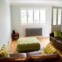 2 Bedroom House in Haymarket Accommodates 4