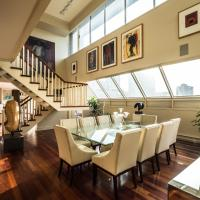 QuickStay - Art Collector's Penthouse in Yorkville