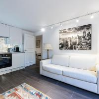 Central Luxurious 2 Bedroom