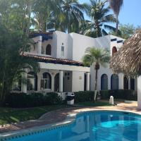 Casa Manzanillo