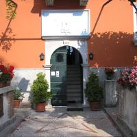 Apartments Lazzarini Battiala