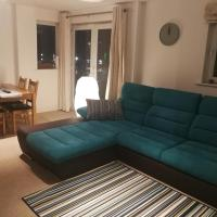 Relax in The City - City Centre Apartment with Parking & Breakfast