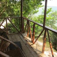 Queen Hill Resort