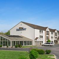 Baymont Inn & Suites - Sullivan
