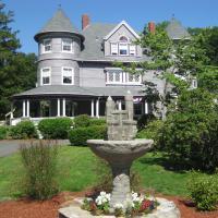 Castle Manor Inn - Motel