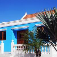 Blue Cunucu Villa With Pool