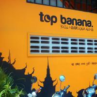 Top Banana Guesthouse & Rooftop Bar