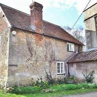 Longs Arms Cottage