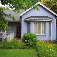 Lilac Lodge-Purple House