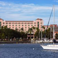 The Vinoy® Renaissance St. Petersburg Resort & Golf Club