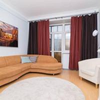 Apartment on Malysheva 1