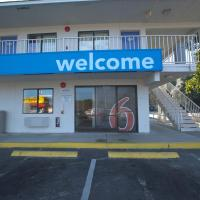 Motel 6 Charleston North