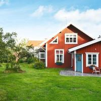 Three-Bedroom Holiday home in Hultsfred