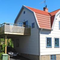 Five-Bedroom Holiday home in Lysekil