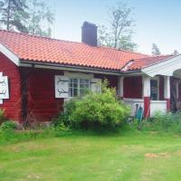 Two-Bedroom Holiday home in Vintrosa