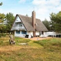 Two-Bedroom Holiday home in Vejers Strand 3