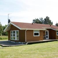 Three-Bedroom Holiday home in Hals 21