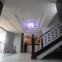 Oakspring Hotel and Luxury Suites