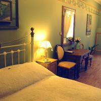 Crown House Suites
