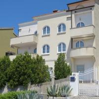 Apartments Villa Urbajs