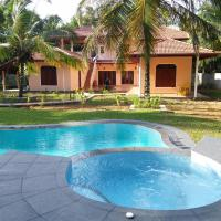 King Coconut Lodge