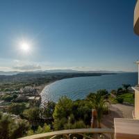 Balcony Hotel Opens in new window