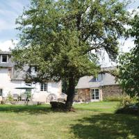 Holiday home Peyrignac 86 with Outdoor Swimmingpool