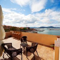 La Terrazza Sul Porto - Guest House