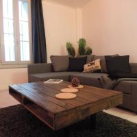 Colombet Stay's - Rue Rousseau