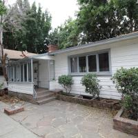 Hollywood Charming 2BR/2BA Home