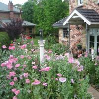 Trafalgar B&B and Annie's Cottage