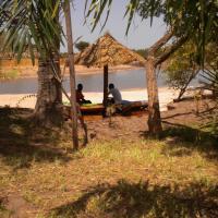 Mandinari River Lodge