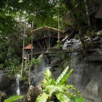 Rock and Tree House Resort