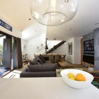 Mowamba Penthouse