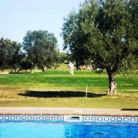 Apto en Campo de Golf con Piscina