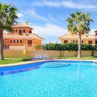 Sunny house near Benidorm