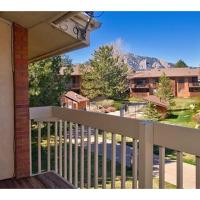 Two Bedroom-View of FlatIrons in Boulder - FI01