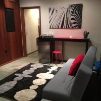 Woodside Modern and Zen Apartment