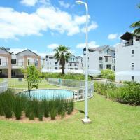 Upmarket Complex Apartment